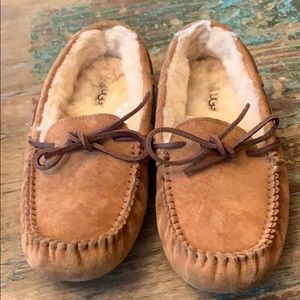 Ugg slippers worn once! Great condition!